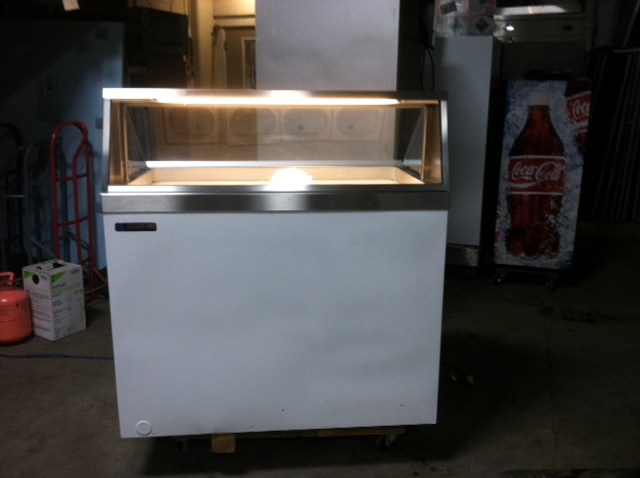 Riester Refrigeration 187 Ice Cream Dipping Cabinet